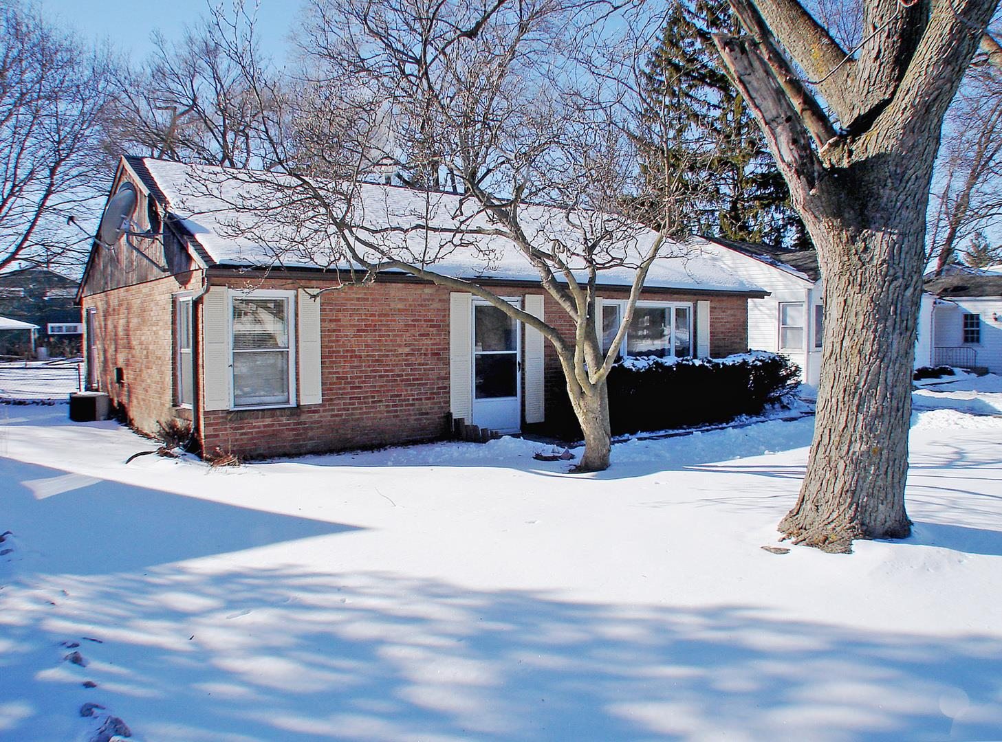 325 S OLD RAND Road, Lake Zurich, IL 60047 - #: 10980709