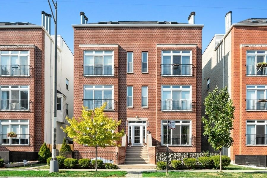 1722 W DIVERSEY Parkway #2W, Chicago, IL 60614 - #: 10852715