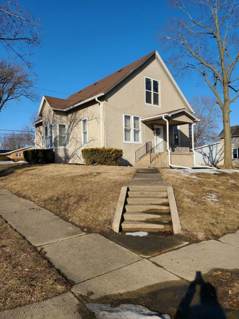 300 E Erie Street, Spring Valley, IL 61362 - #: 11006717