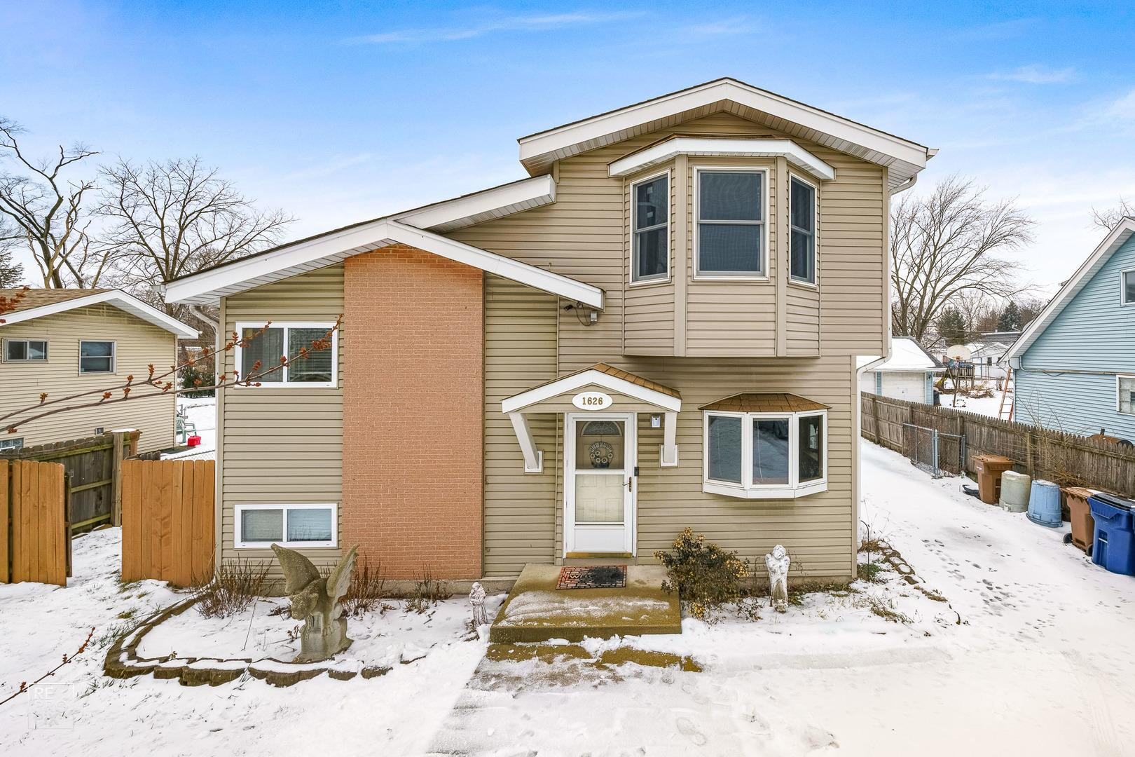 1626 Glen Ellyn Road, Glendale Heights, IL 60139 - #: 10967721
