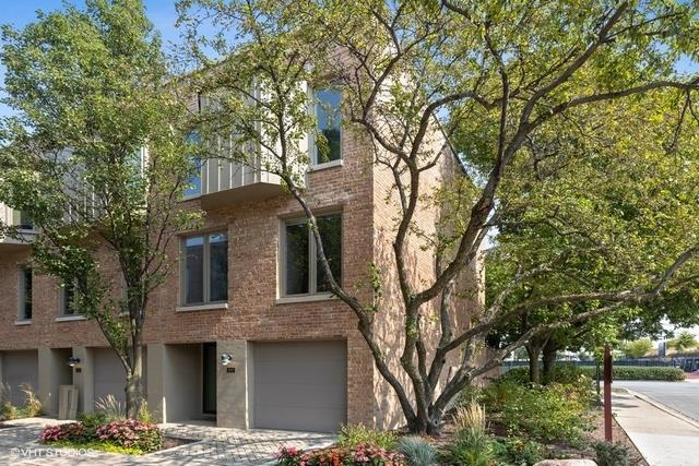 100 Frank Lloyd Wright Lane, Oak Park, IL 60302 - #: 10932734