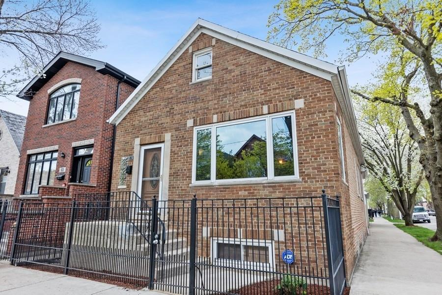 525 W 36TH Street, Chicago, IL 60609 - #: 11054735