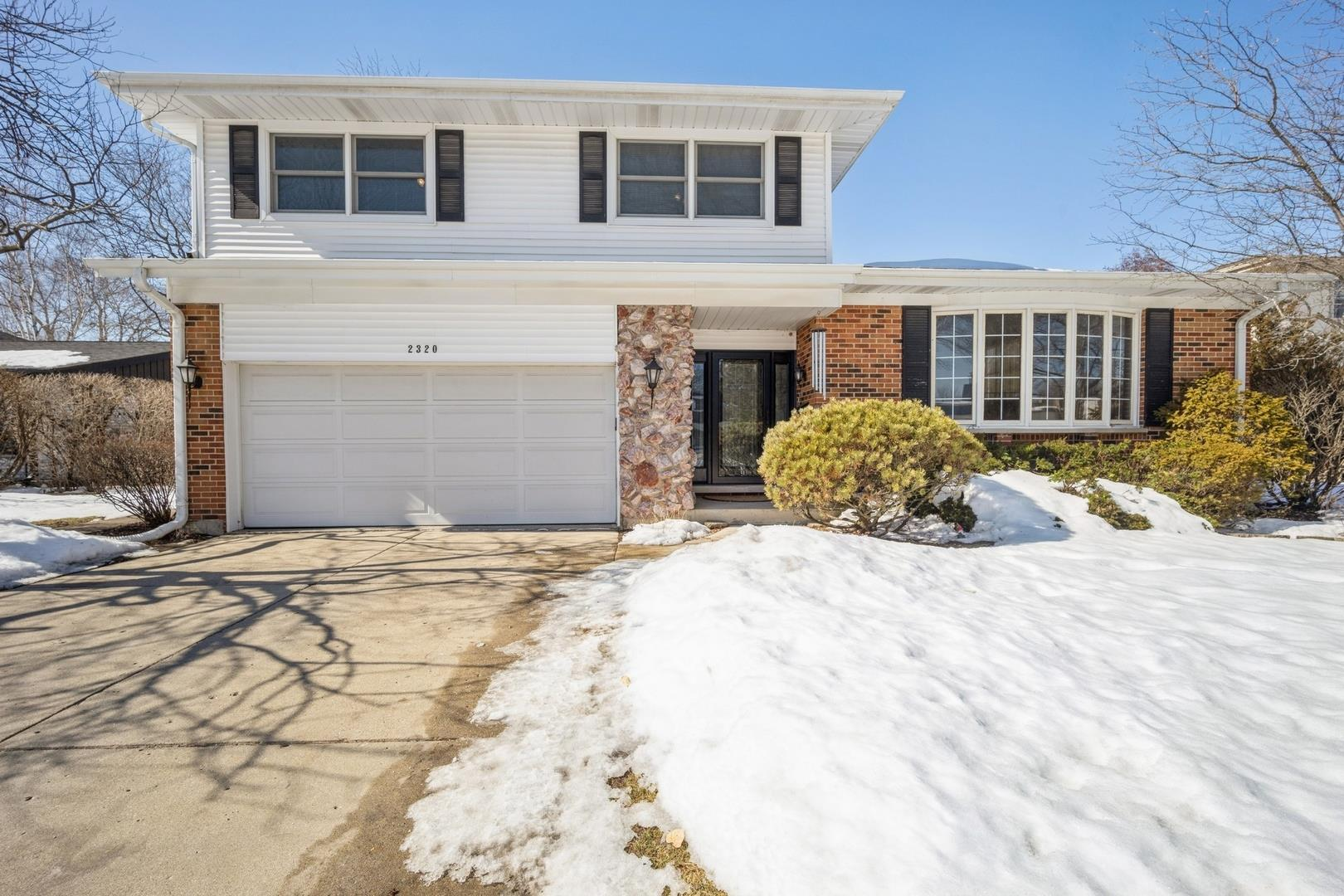 2320 N Drury Lane, Arlington Heights, IL 60004 - #: 10992736