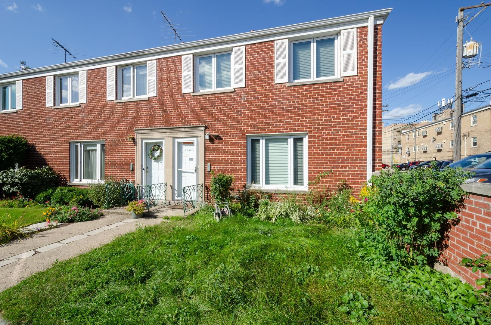 7537 N Bell Avenue #D, Chicago, IL 60645 - #: 10681742