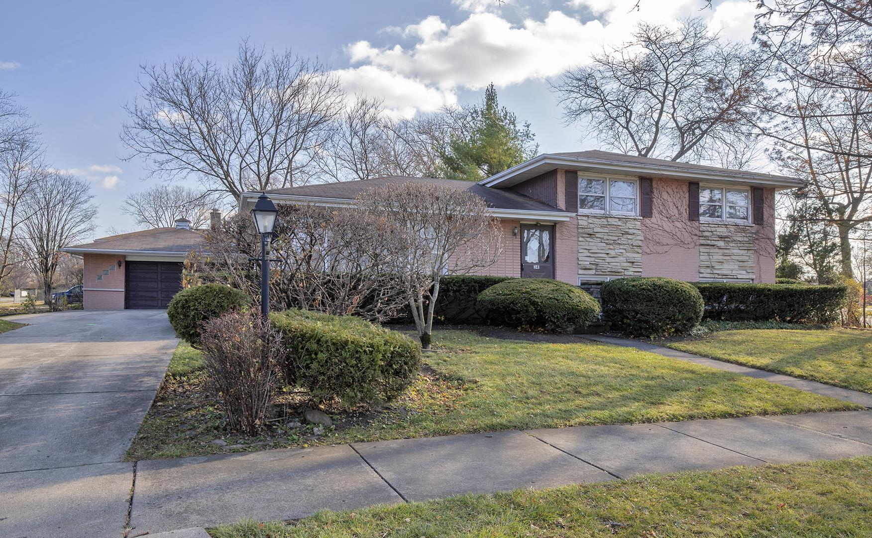 341 Michael Manor, Glenview, IL 60025 - #: 10940743
