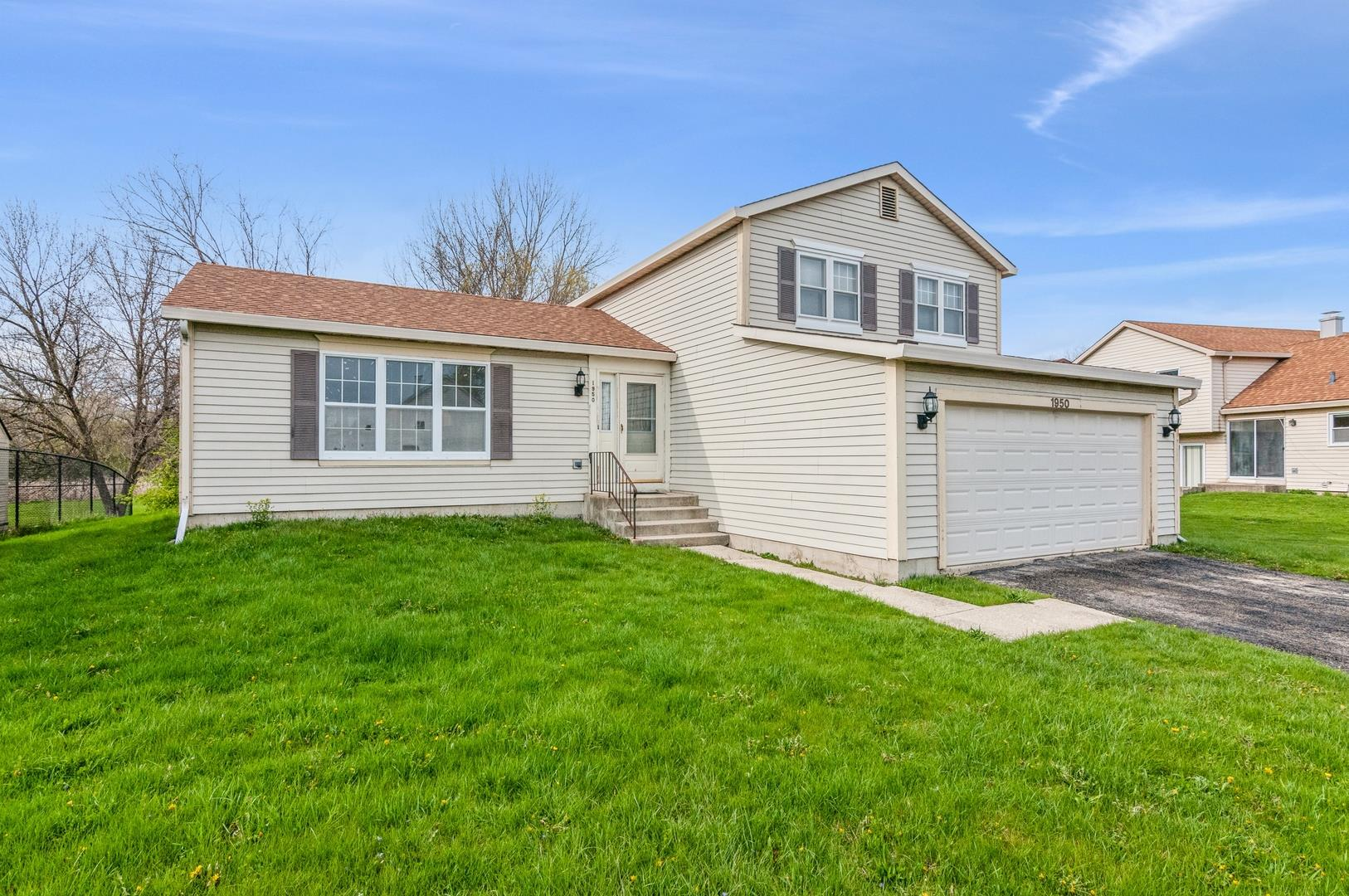 1950 S Valley Road, Lombard, IL 60148 - #: 11057744