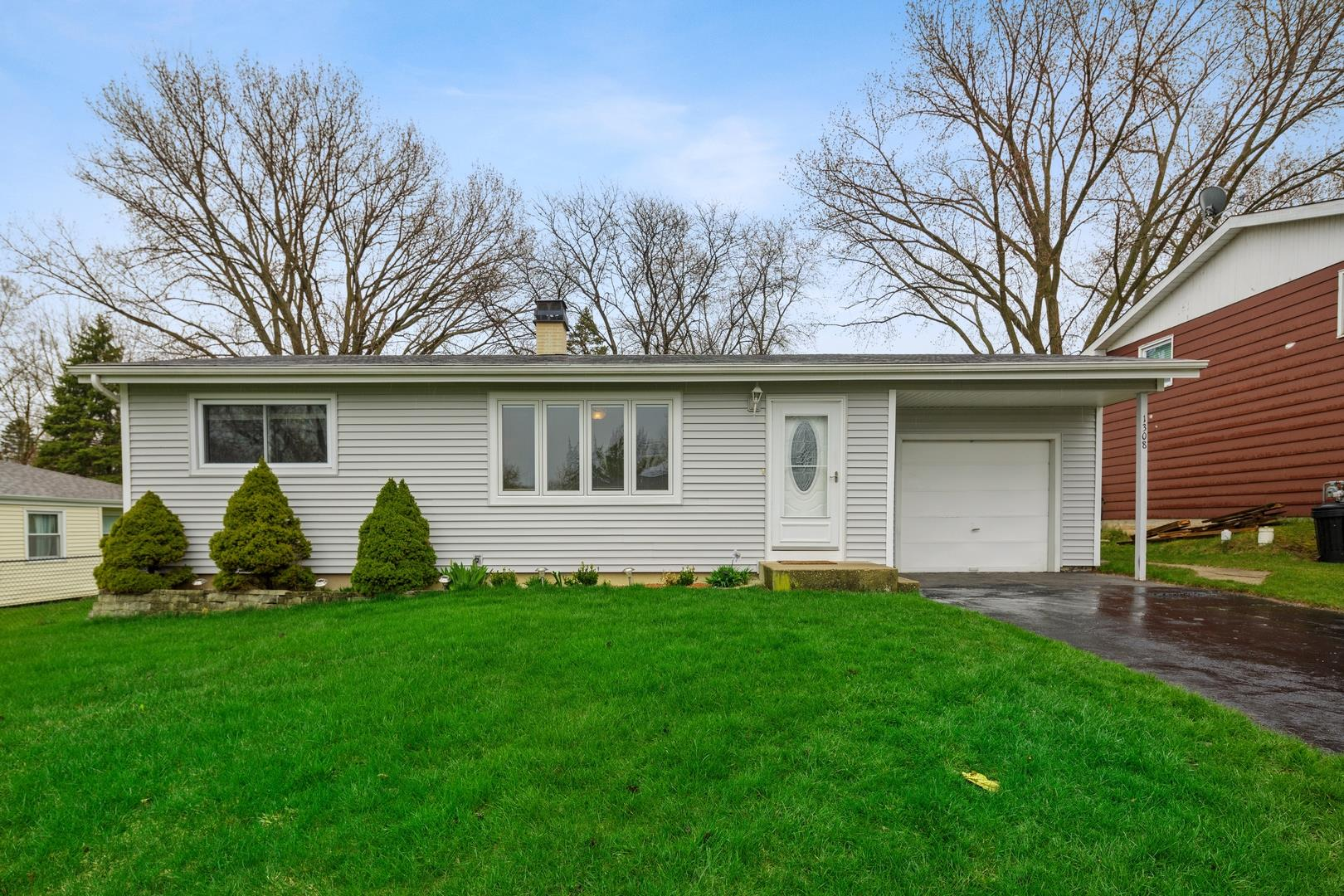 1308 Monroe Street, Lake in the Hills, IL 60156 - #: 10700746