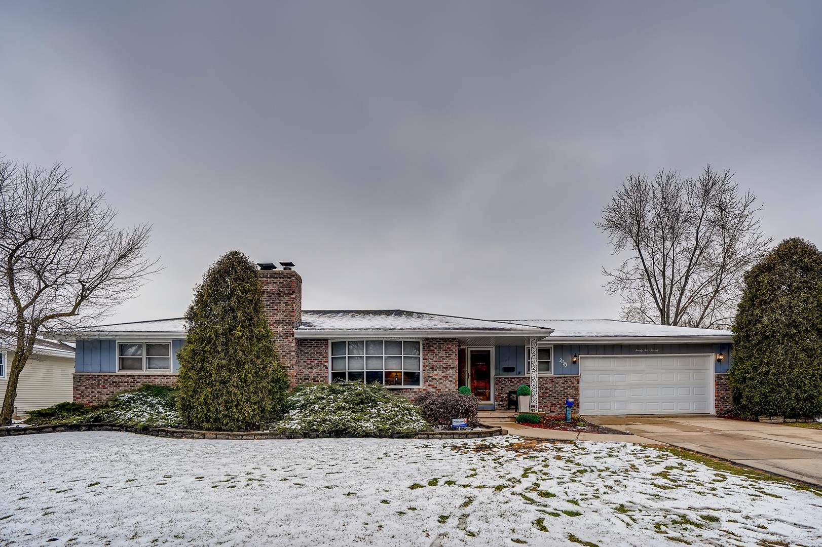 2270 COUNTRY KNOLL Lane, Elgin, IL 60123 - #: 11025747