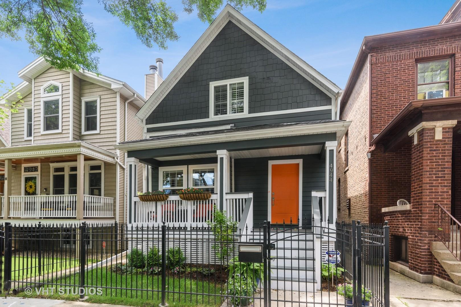 4944 N Seeley Avenue, Chicago, IL 60625 - #: 10888749