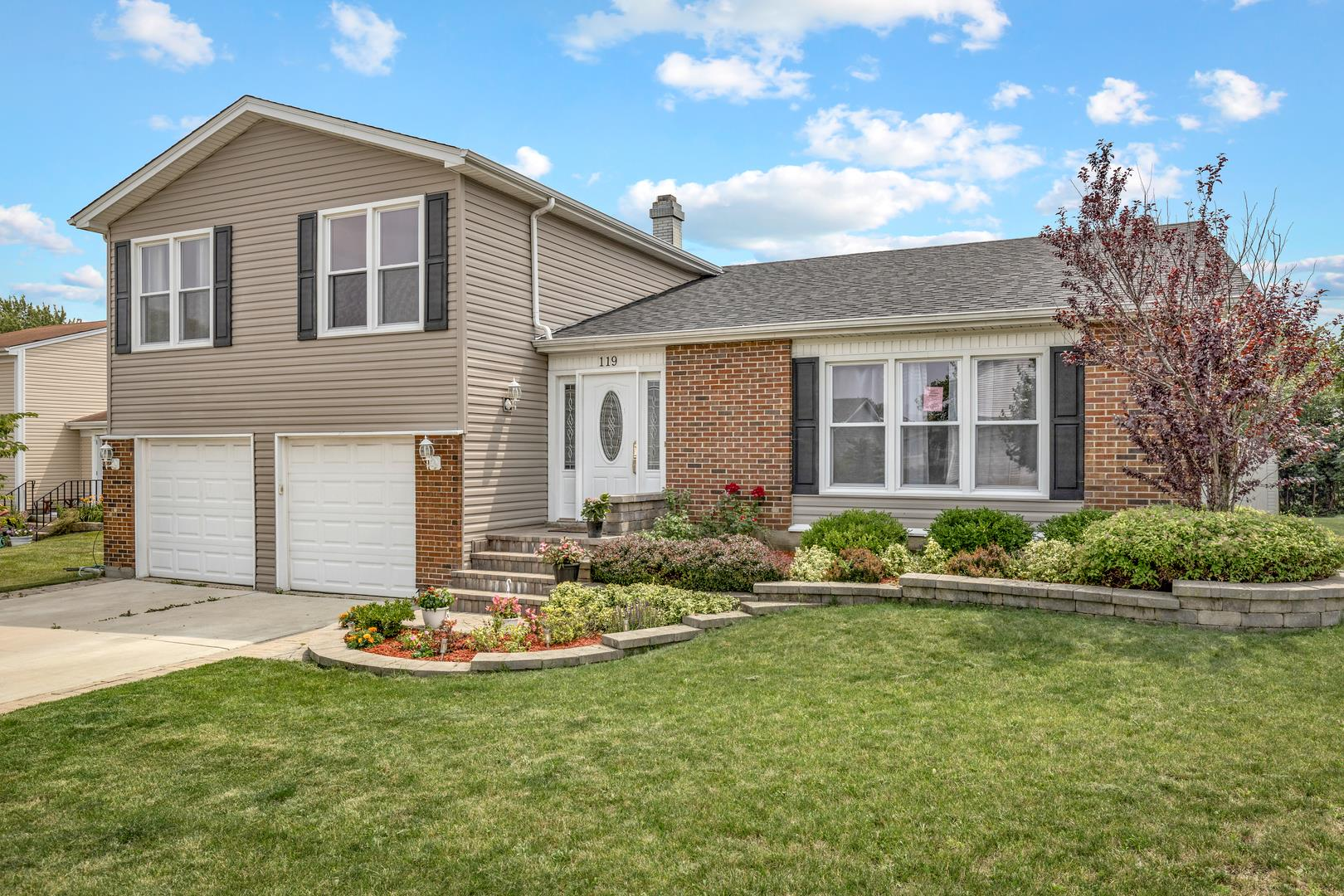 119 Green Meadows Drive, Glendale Heights, IL 60139 - #: 11171749