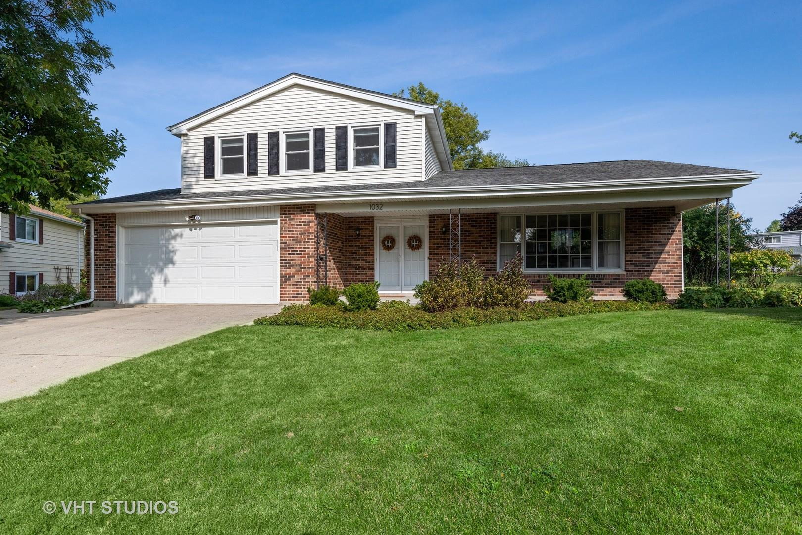 1032 Crabtree Lane, Libertyville, IL 60048 - #: 10862758