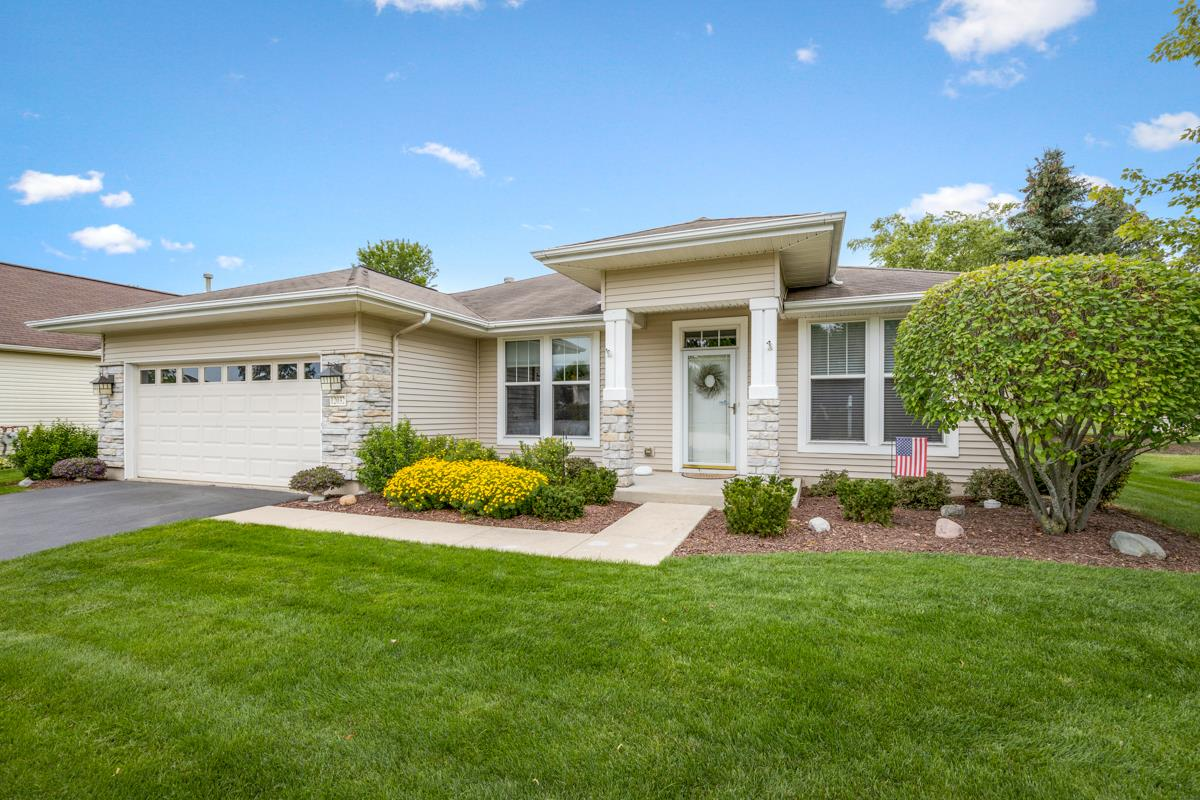 12032 Stonewater Crossing, Huntley, IL 60142 - #: 11175764