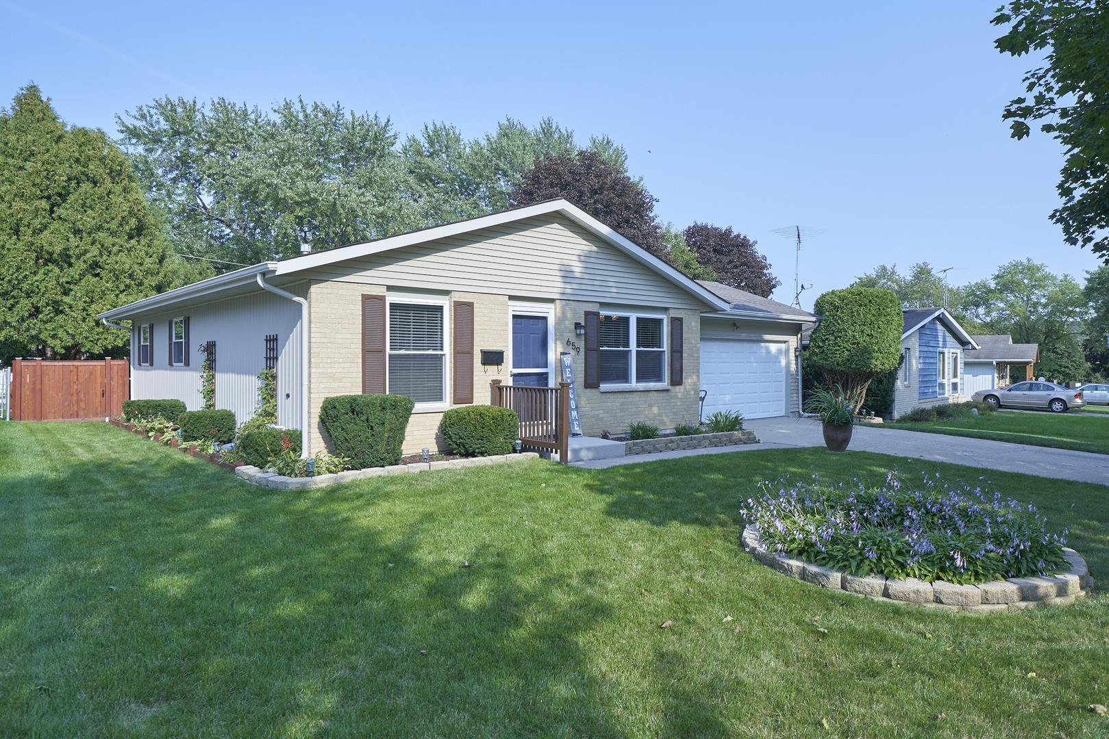 659 S 7th Street, West Dundee, IL 60118 - #: 10878766