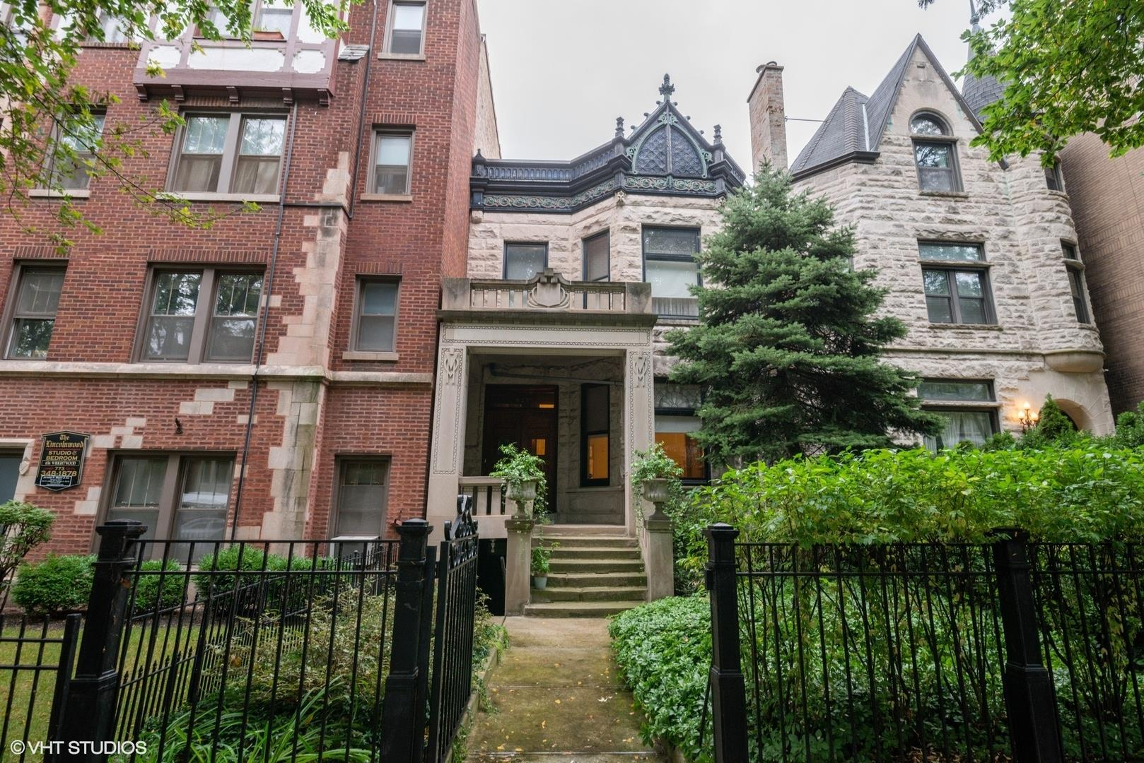 650 W Wrightwood Avenue, Chicago, IL 60614 - #: 10885770