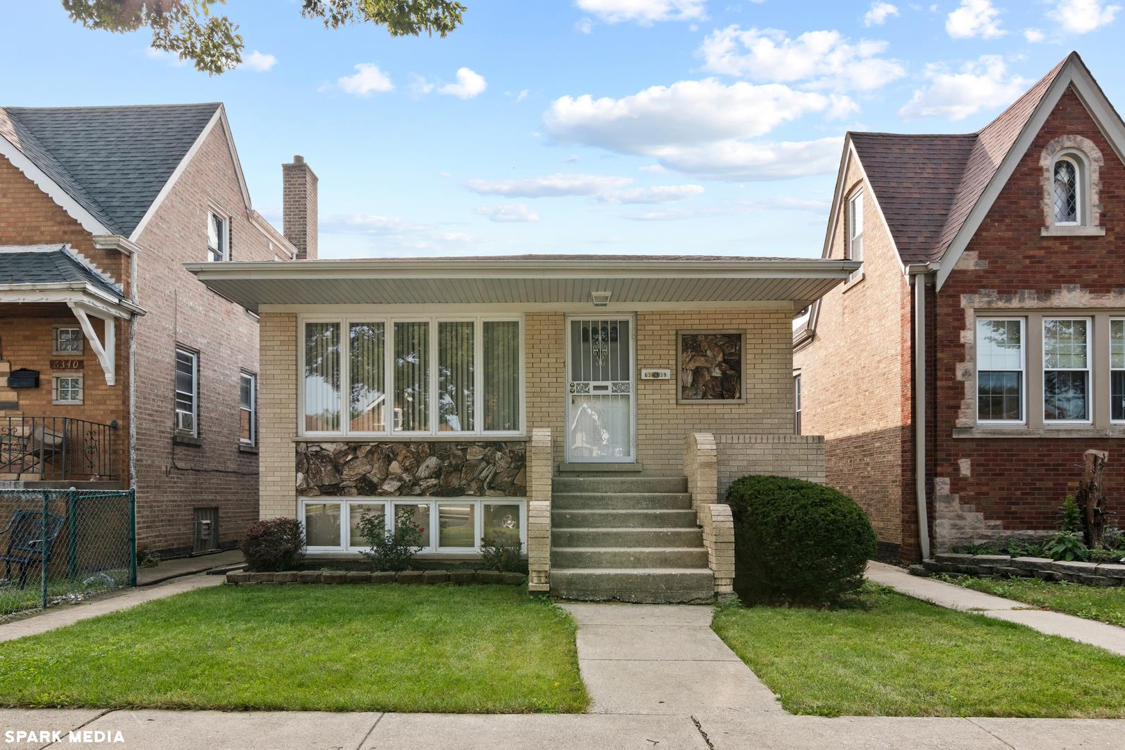 6338 S KEDVALE Avenue, Chicago, IL 60629 - #: 10859785