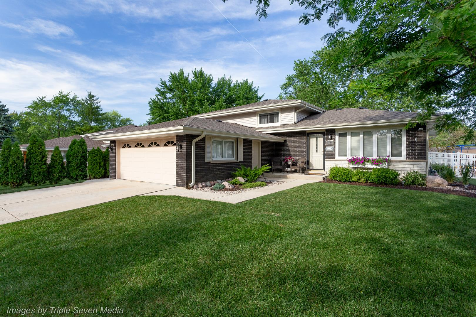 8829 S 85th Avenue, Hickory Hills, IL 60457 - #: 10768792