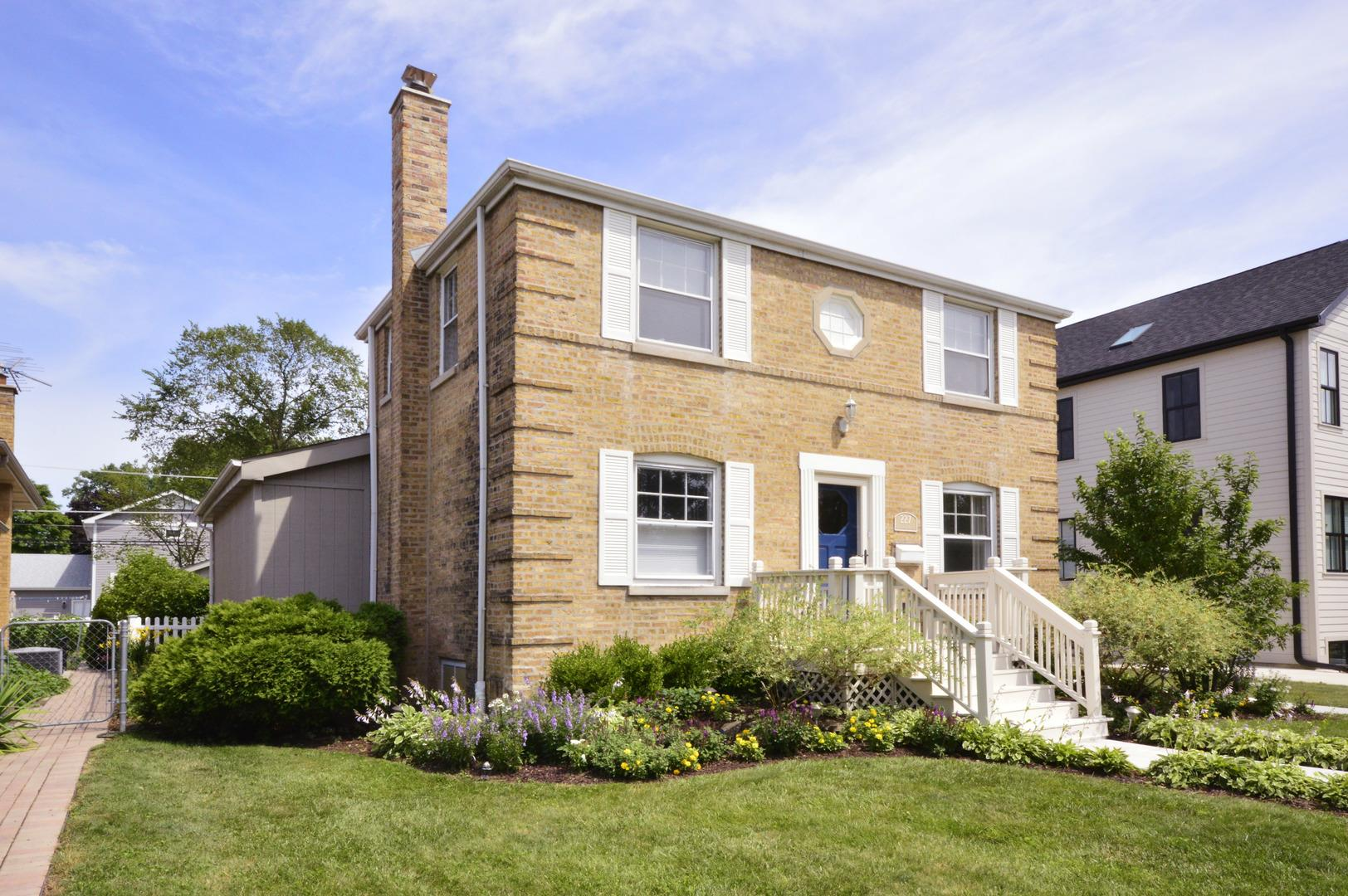 227 N Greenwood Avenue, Park Ridge, IL 60068 - #: 10829802