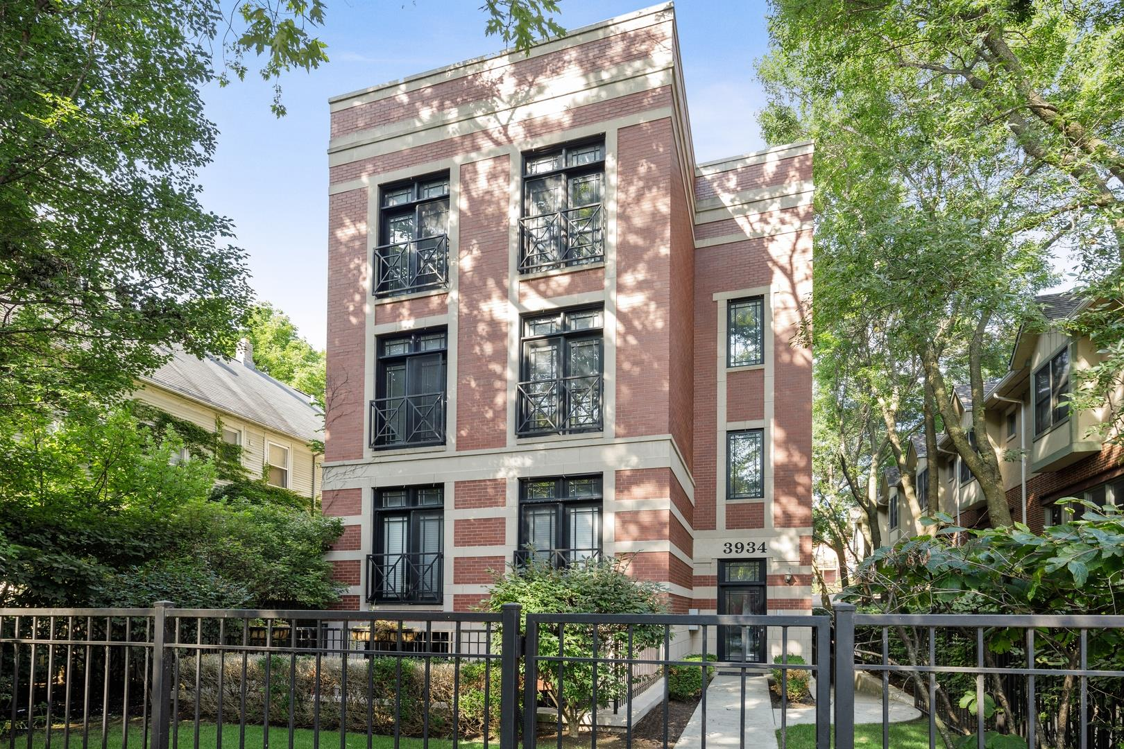 3934 N JANSSEN Avenue #4, Chicago, IL 60613 - #: 10839803