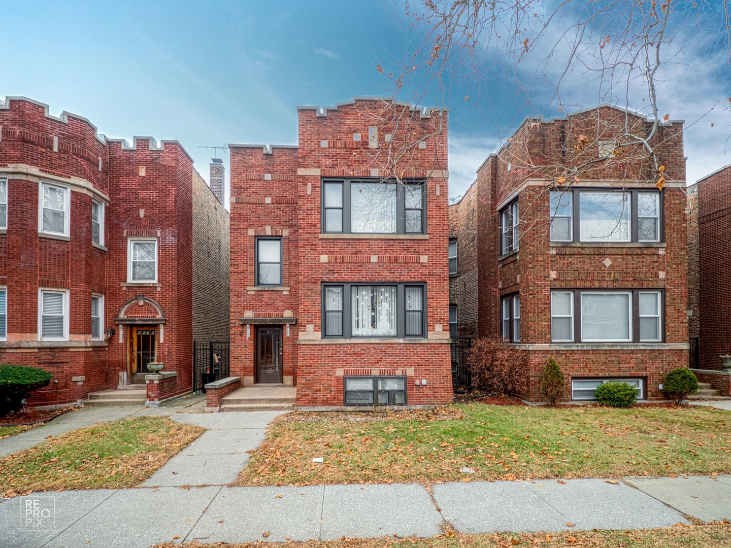 8034 S Saint Lawrence Avenue, Chicago, IL 60619 - #: 10853808