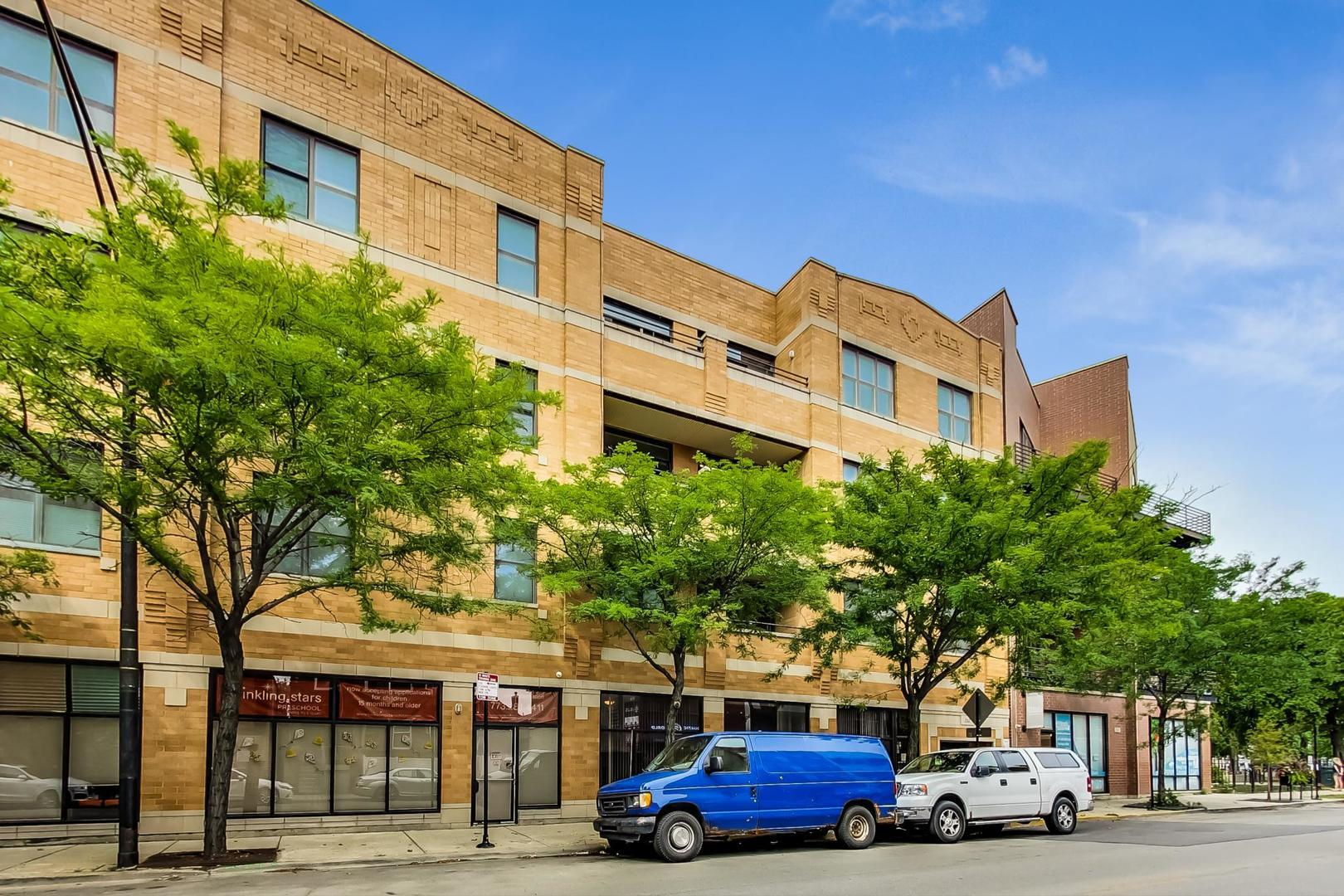 2040 W BELMONT Avenue #403, Chicago, IL 60618 - #: 10936810