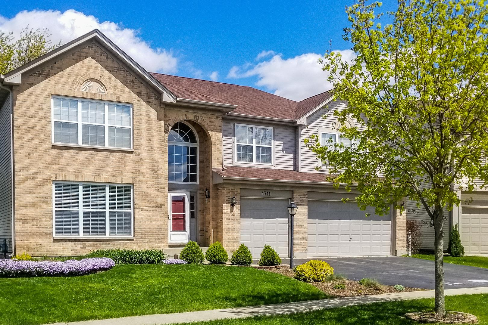 4711 Windridge Court, Carpentersville, IL 60110 - #: 10656812