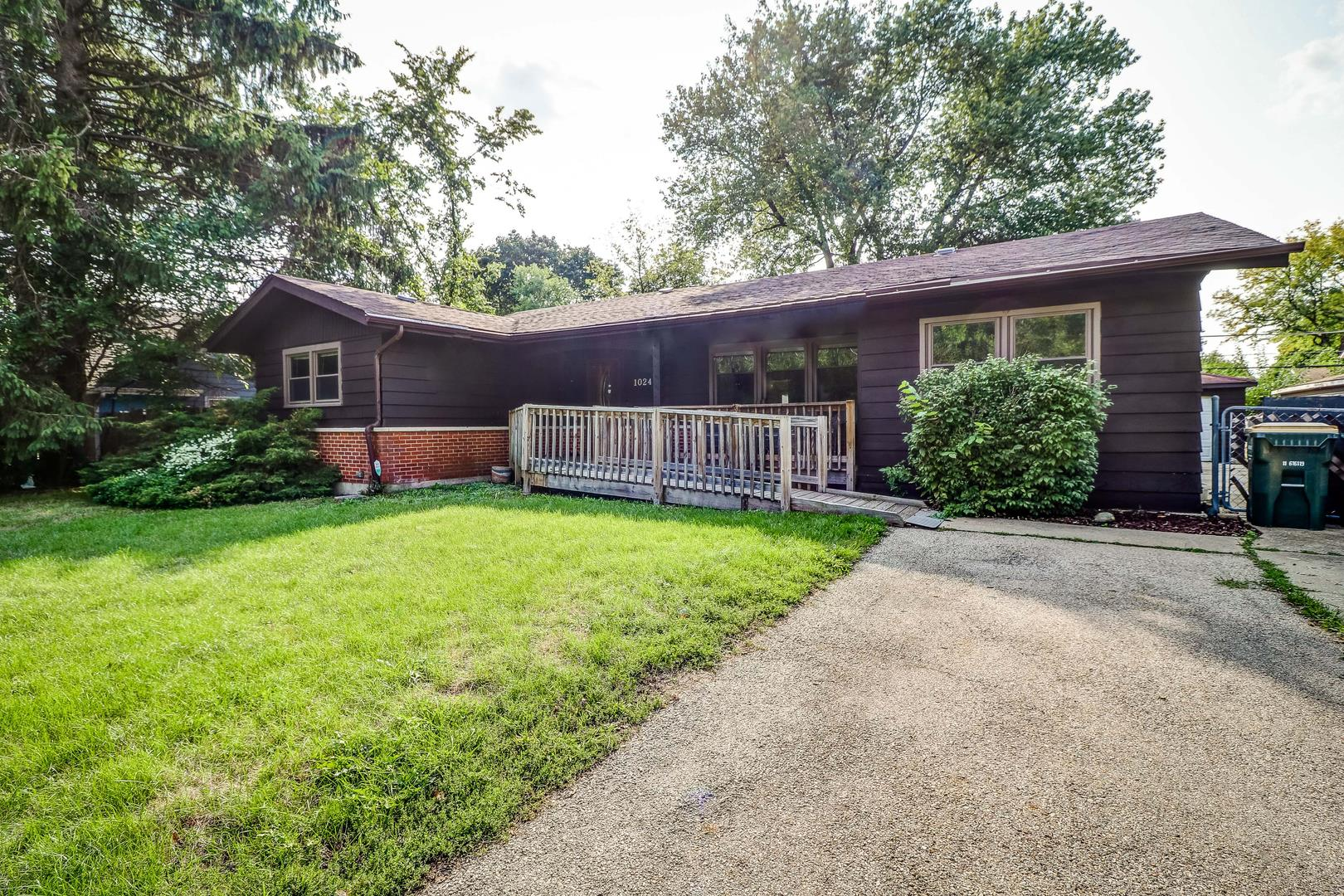 1024 Hahn Place, West Chicago, IL 60185 - #: 10863815