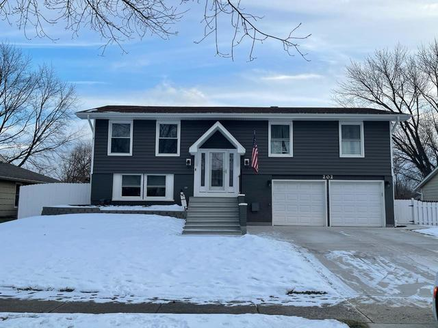 202 DOWNING Drive, Bloomingdale, IL 60108 - #: 10979817