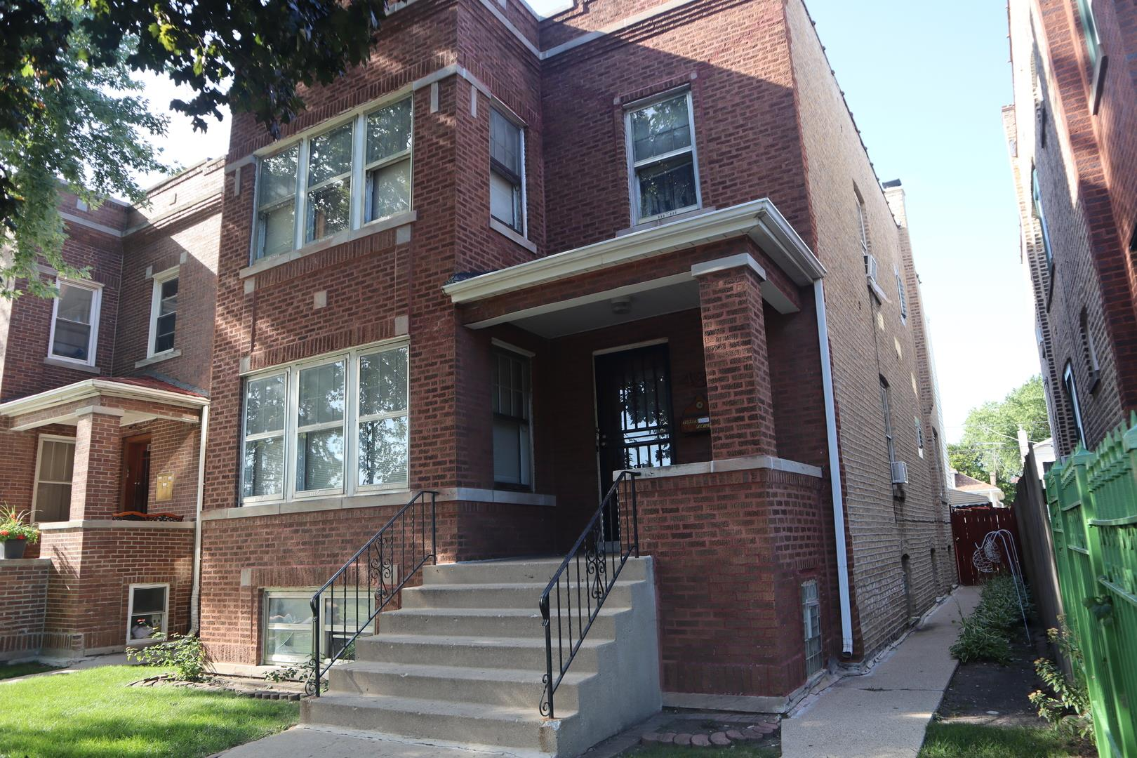 4854 W Newport Avenue, Chicago, IL 60641 - #: 10840820