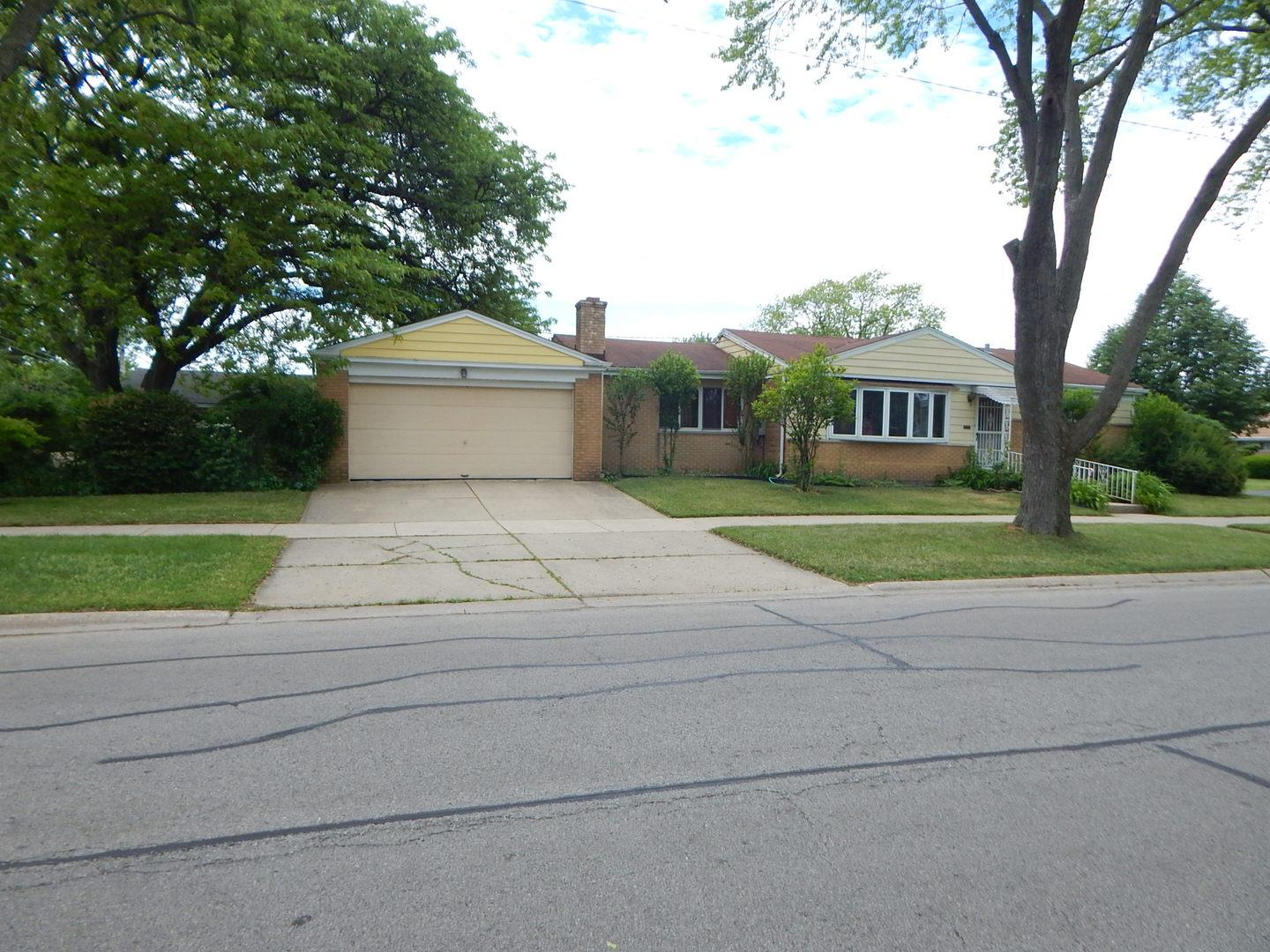 8361 N Odell Avenue, Niles, IL 60714 - #: 10742821