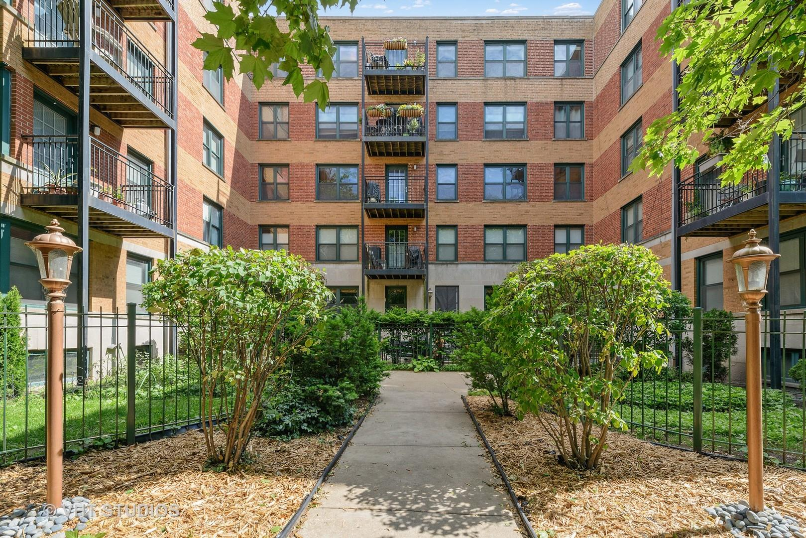 2545 W Catalpa Avenue #1G, Chicago, IL 60625 - #: 10884822