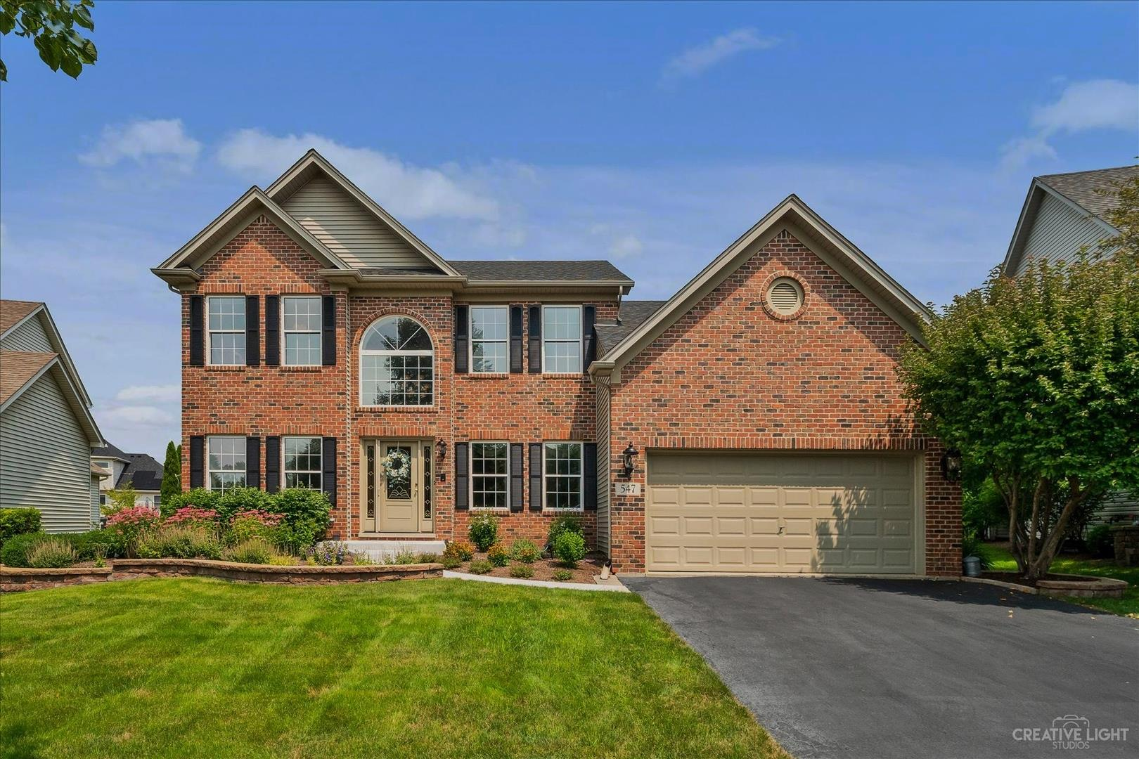547 Carriage Way, South Elgin, IL 60177 - #: 11165828