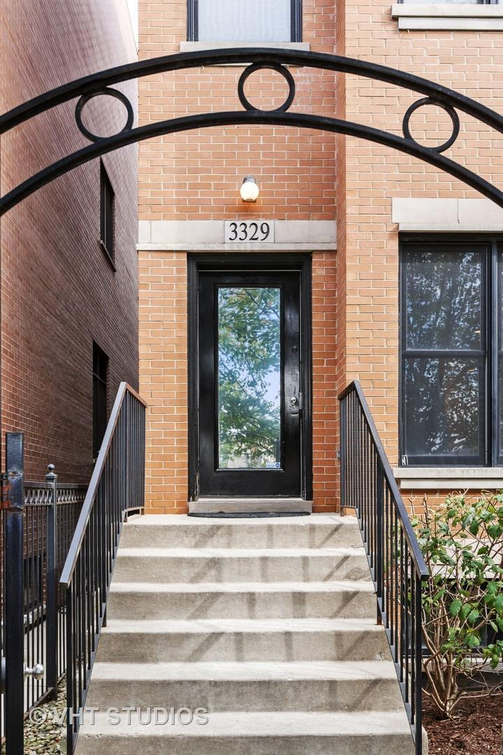 3329 S PRAIRIE Avenue #1, Chicago, IL 60616 - #: 10912837