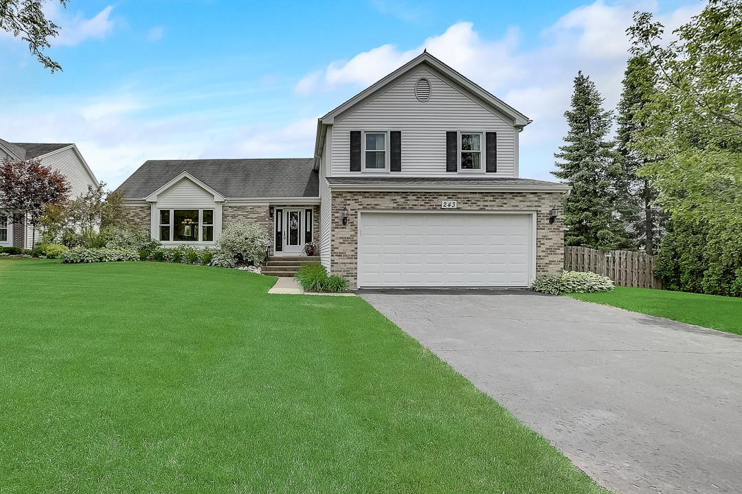243 Yorkshire Drive, Fox River Grove, IL 60021 - #: 10750842