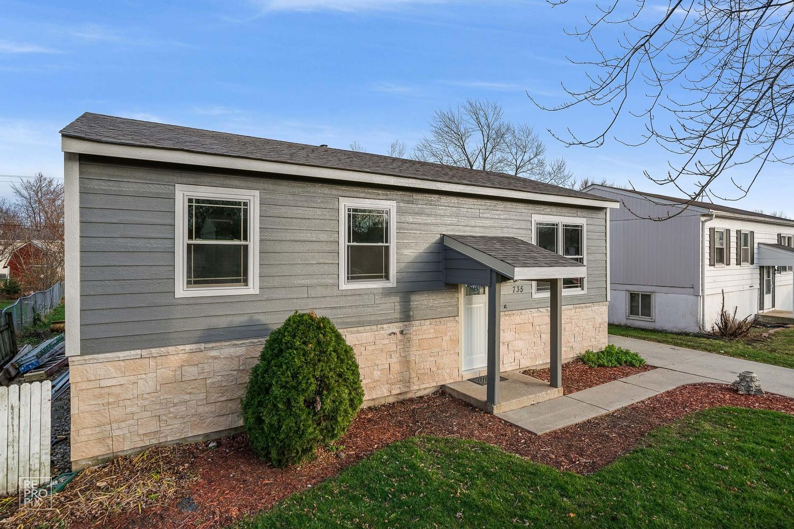 735 Parkside Avenue, West Chicago, IL 60185 - #: 10940846