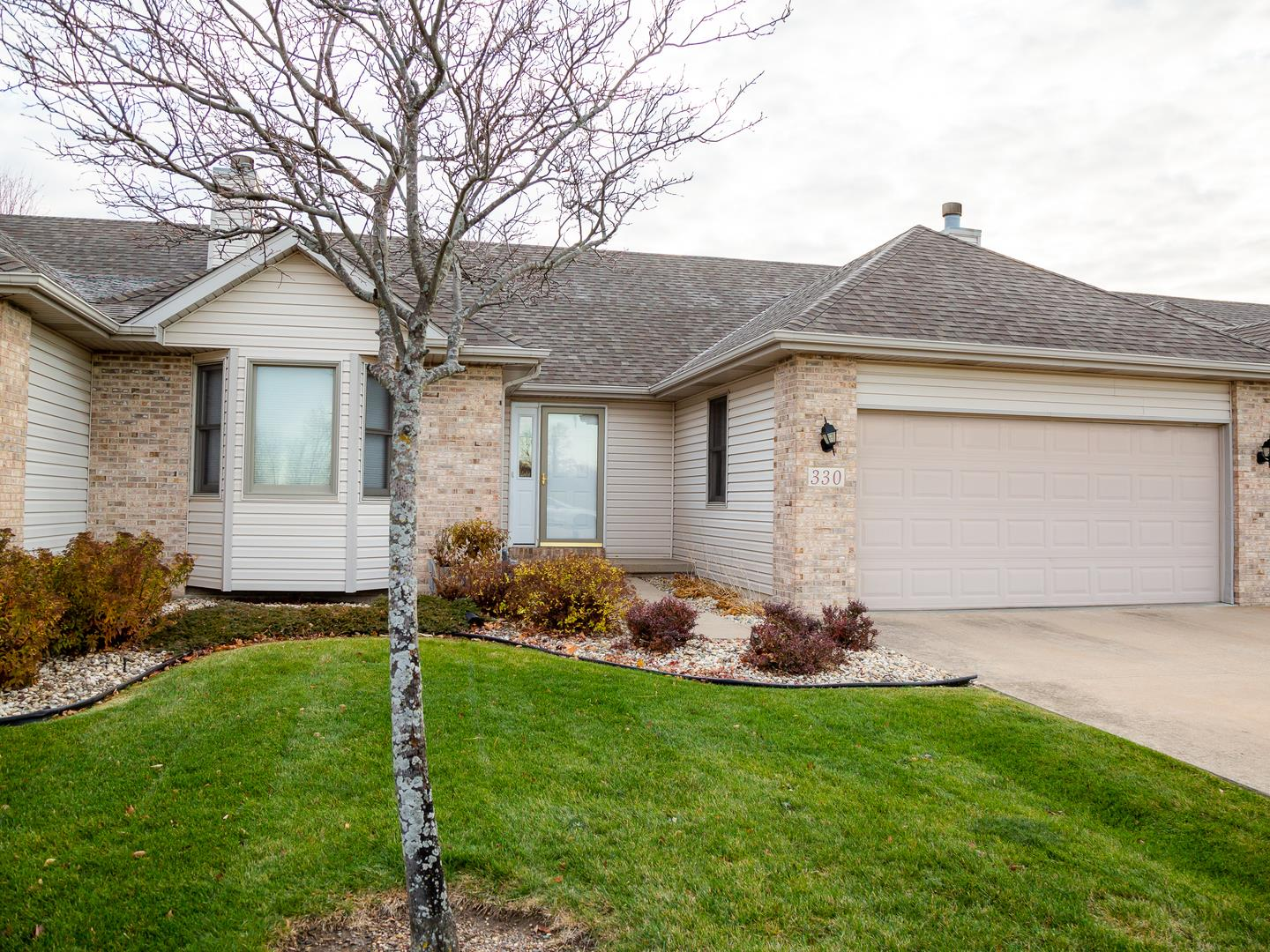 330 Heritage Avenue, Oglesby, IL 61348 - #: 10934848