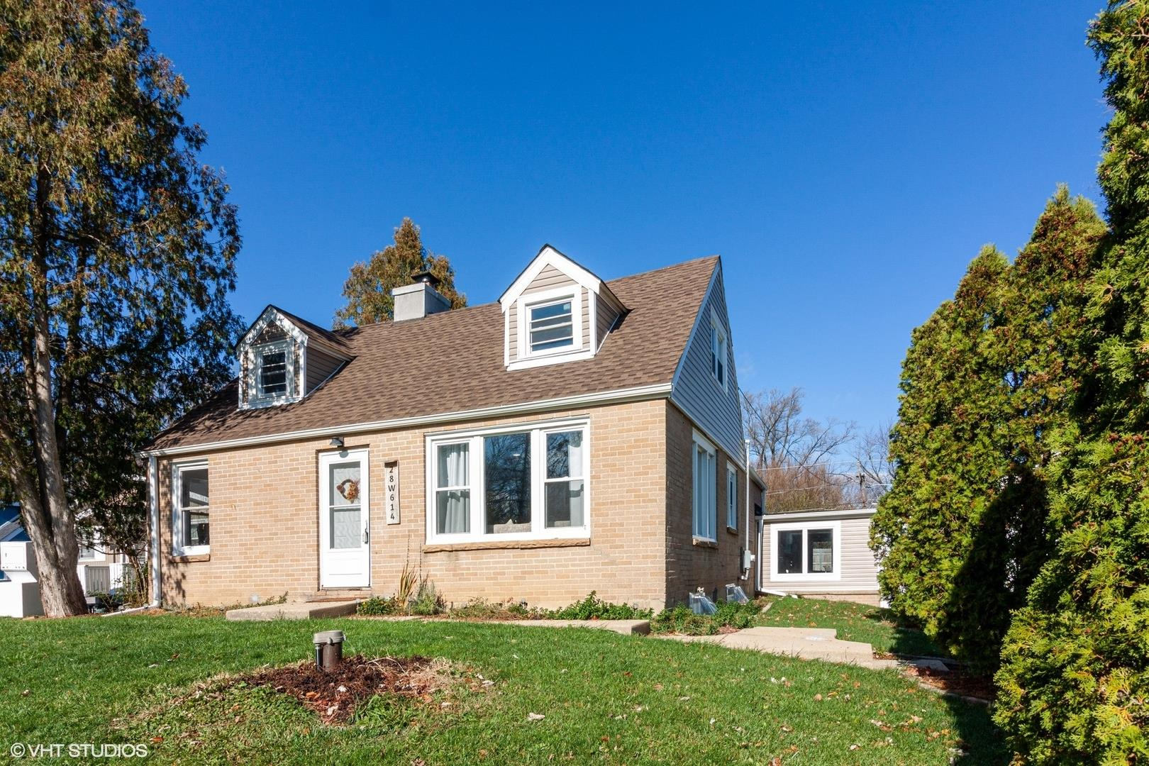 28W614 Barnes Avenue, West Chicago, IL 60185 - #: 10931852