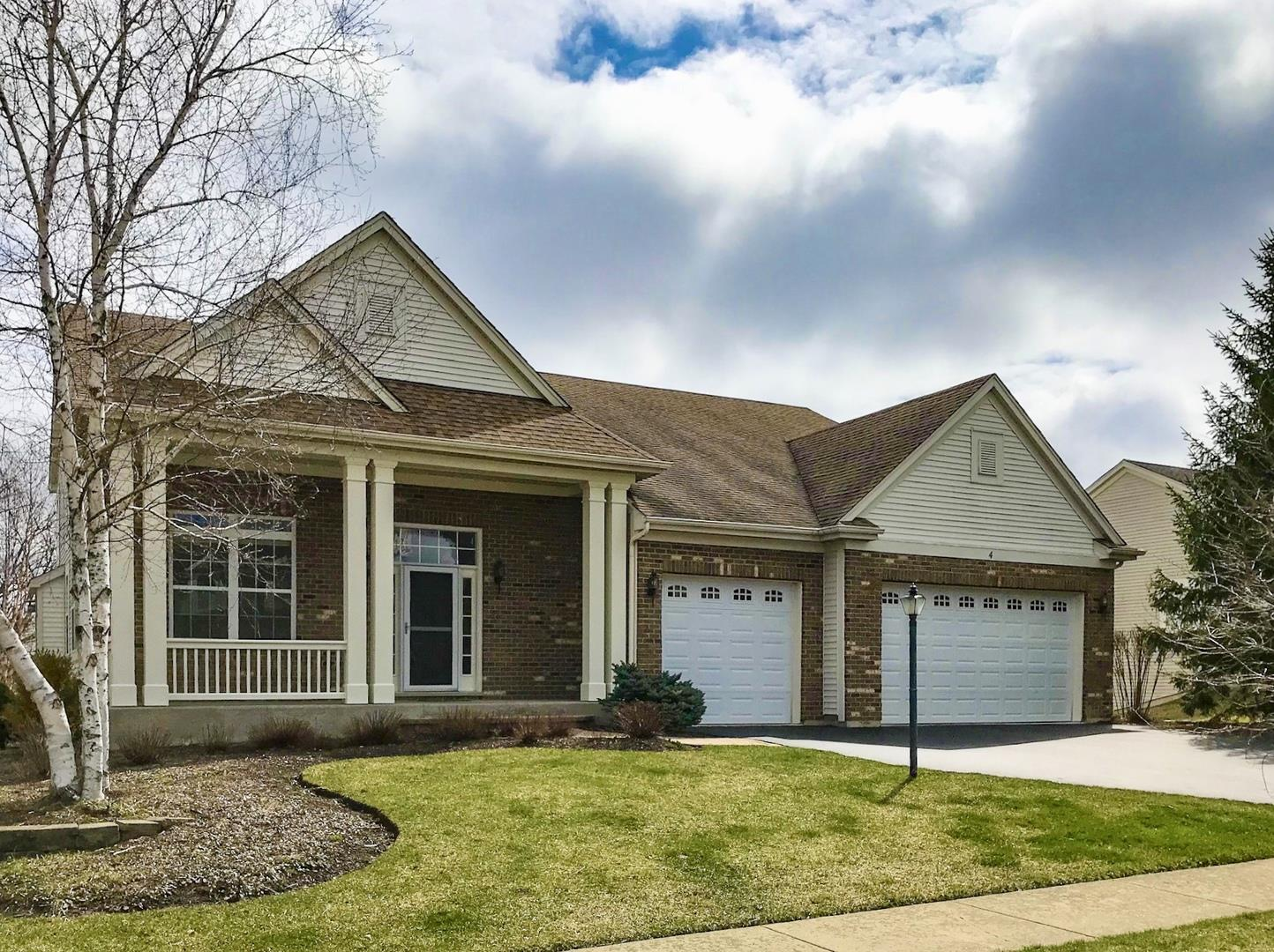 4 Kenilworth Court, Cary, IL 60013 - #: 10683853