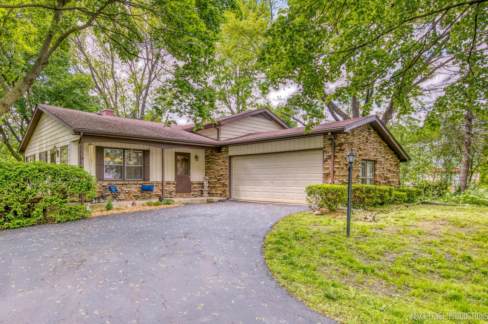 1N216 Richard Avenue, Carol Stream, IL 60188 - #: 10731856