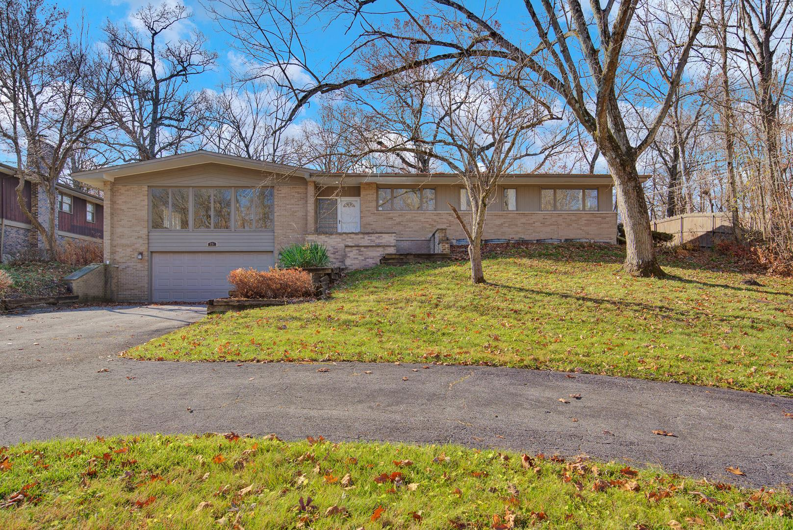 25 Woodland GLN, Park Forest, IL 60466 - #: 10944860