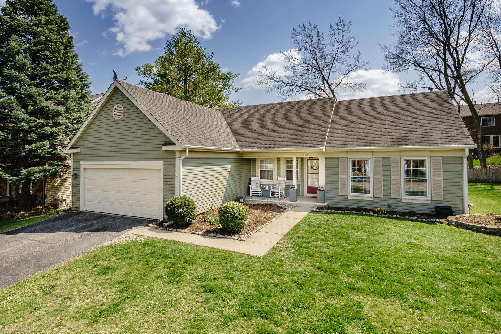 969 Manchester Street, Cary, IL 60013 - #: 11061863