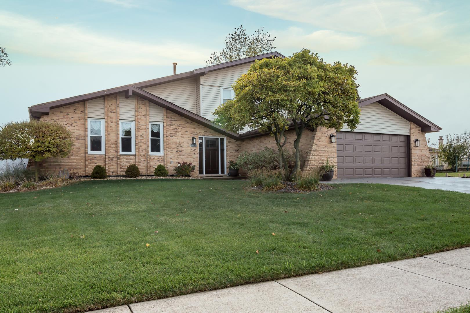 17174 Highwood Drive, Orland Park, IL 60467 - #: 10914865