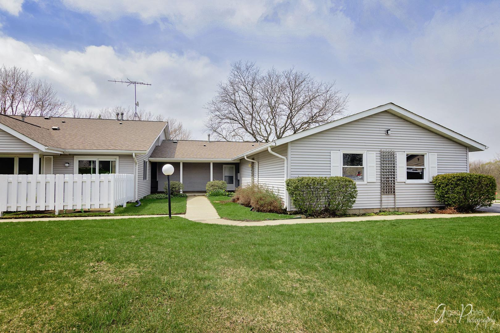 5205 Woodmar Court #A, McHenry, IL 60050 - #: 10700869