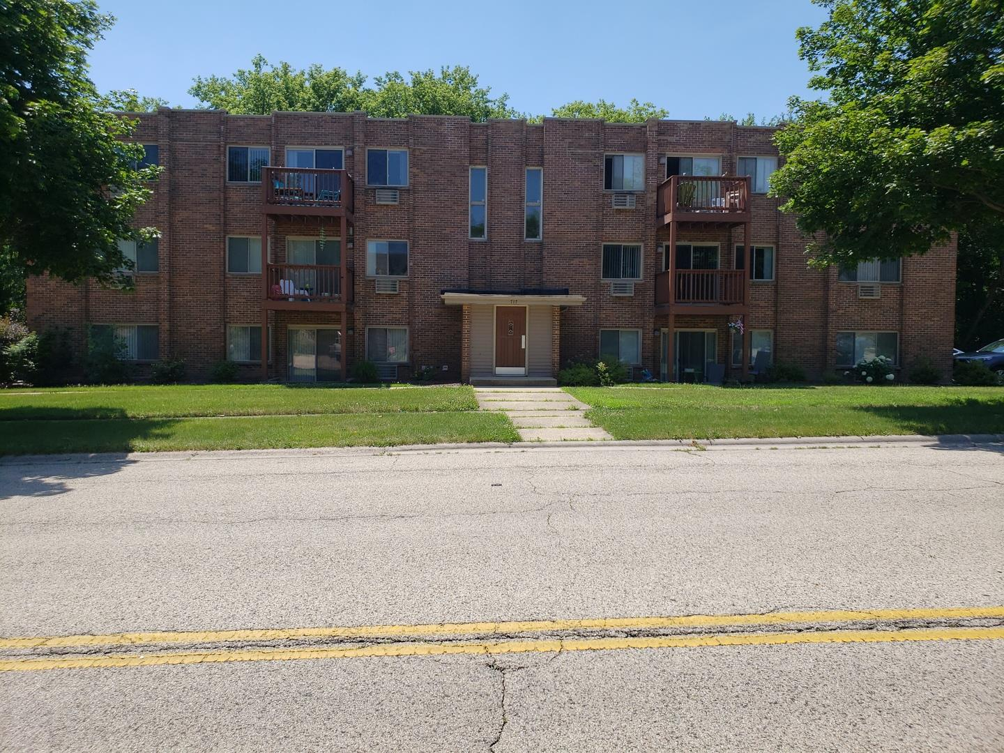 717 Strom Drive #2D, West Dundee, IL 60118 - #: 10804871