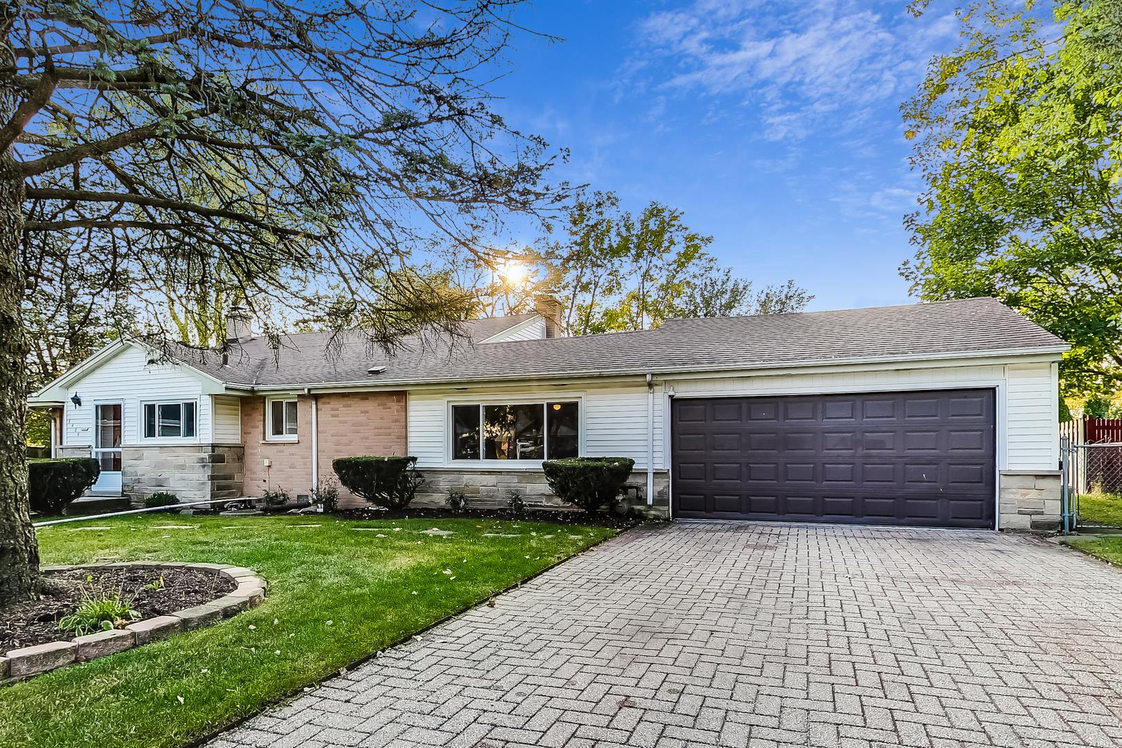9404 Marmora Avenue, Morton Grove, IL 60053 - #: 10882873