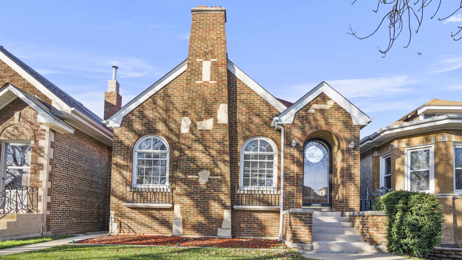 6434 S Keeler Avenue, Chicago, IL 60629 - #: 10937874