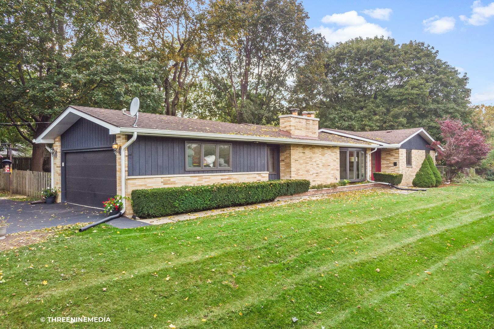 411 N Butterfield Road, Libertyville, IL 60048 - #: 10905880