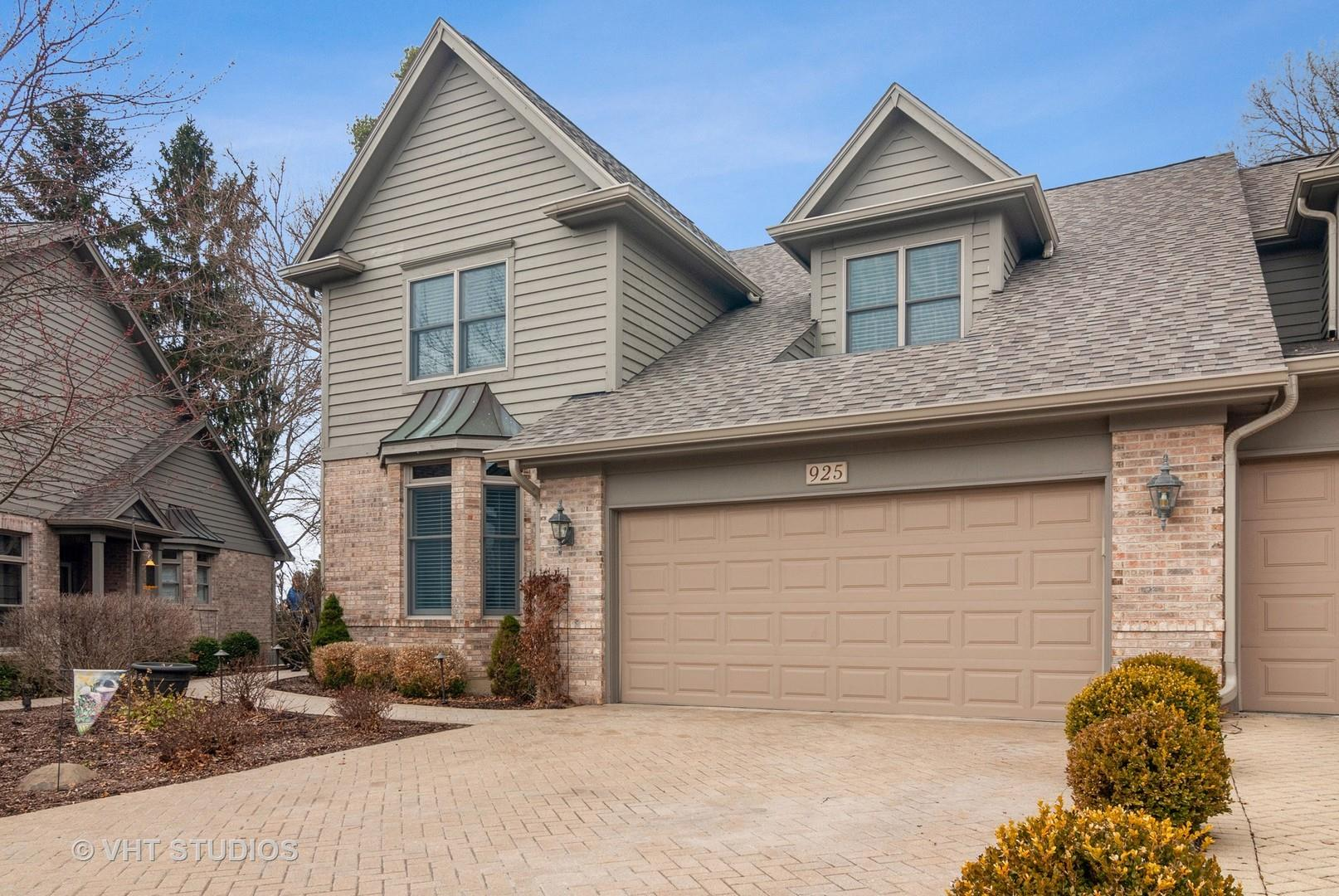 925 Oak Crest Lane E #925, Saint Charles, IL 60175 - #: 10836888