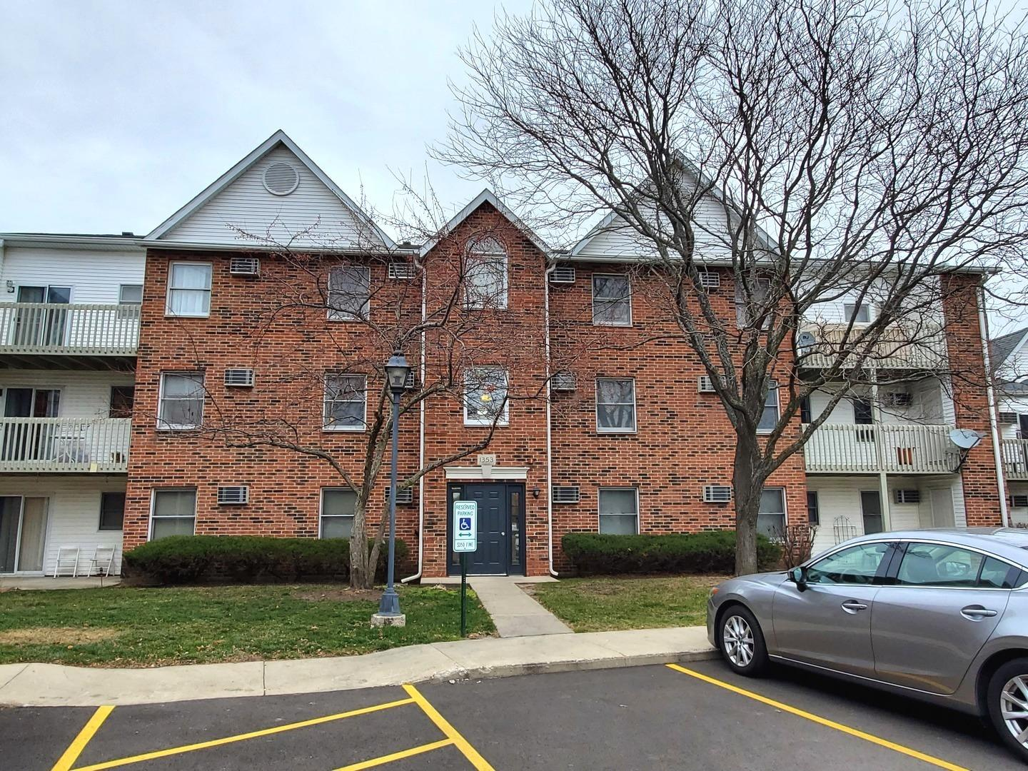 1353 Cunat Court #2B, Lake in the Hills, IL 60156 - #: 10949888