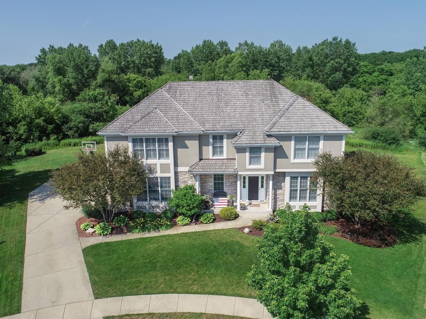812 Waters Edge Drive, South Elgin, IL 60177 - #: 10776889
