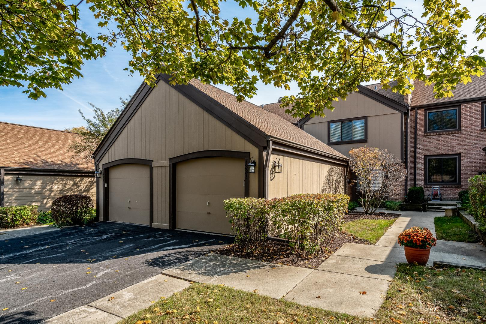 1221 Franklin Lane, Buffalo Grove, IL 60089 - #: 10913889